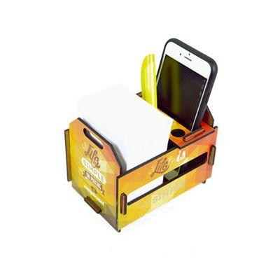 Santa Ana Design - Porta-treco no formato de caixote.