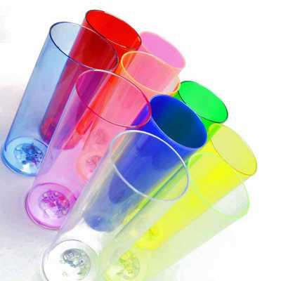 hutz - - Cores disponíveis: azul, rosa, branco, cristal, vermelho, amarelo, verde, azul royal, roxo - Capacidade de 300ml - 3 funções diferentes de frequênci...
