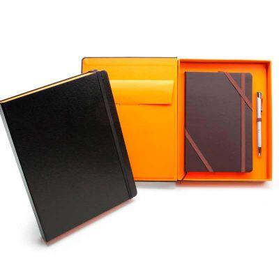Remind Brindes Inteligentes - Kit VIP Barcelone - Caderneta tipo Italiana em caixa cartonada com caneta metálica