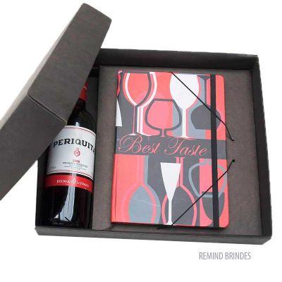Kit vinho 1/2 garrafa com caderneta tipo Italiana 14 x 21 cm - Remind Brindes Inteligentes