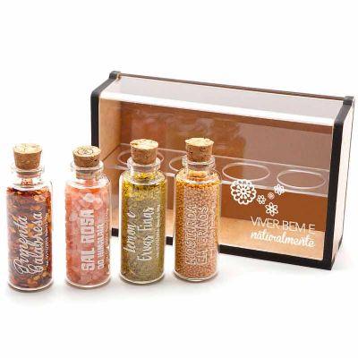Kit tempero com 4 vidros de especiarias - Caixa de madeira com acrílico - Remind Brindes Inteligentes