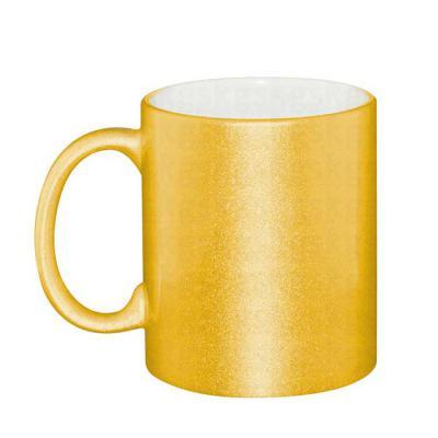 - Caneca de cerâmica perolada dourada - 325 ml Personalização por sublimação. Dimensões: 95x80mm