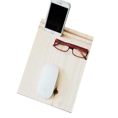 studio-blomma - Moude pad de madeira com suporte para tablet e celular. Feito sob medida. Dimensão estimada: 25 x 17 x 1,2 cm Suporte para usar sobre a mesa. Mantém o...