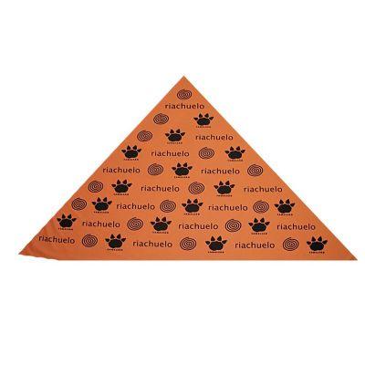 - Bandanas triangulares em tecido poliéster com aplicação de logo em silk , diversas cores e tamanhos.