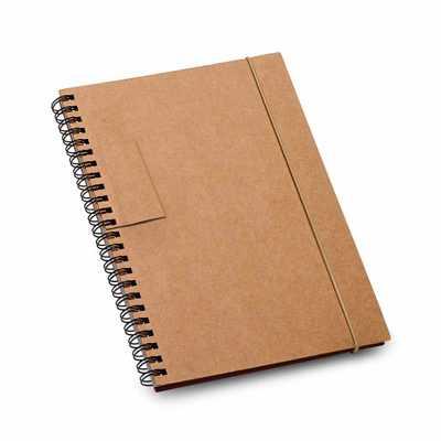 vintore-brindes-especiais - Caderno. Cartão. Capa dura. Com 60 folhas pautadas de papel reciclado. Tamanho: 140 x 180 mm. (Caneta Esferográfica não inclusa.)