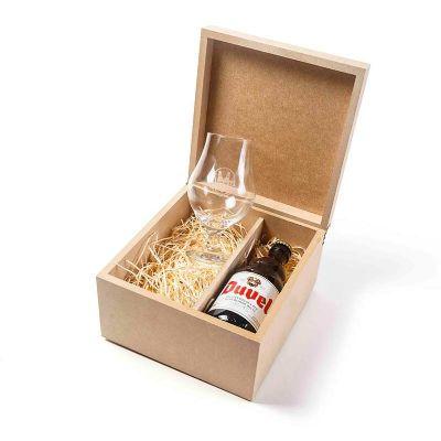 Kit com cervejas, taça personalizada e aperitivo - Amélio Presentes