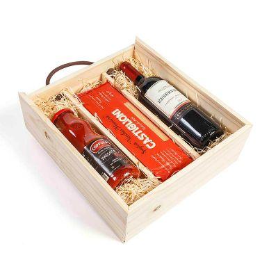 Kit Gourmet com massa especial italiana, molho vermelho e vinho tinto