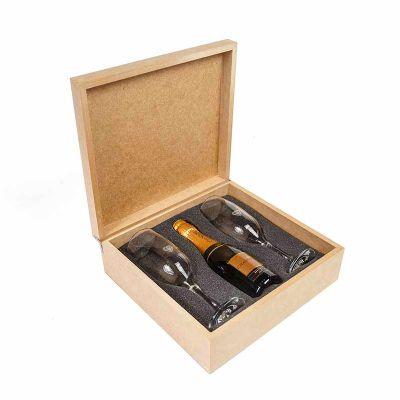 Kit com espumante na caixa de MDF
