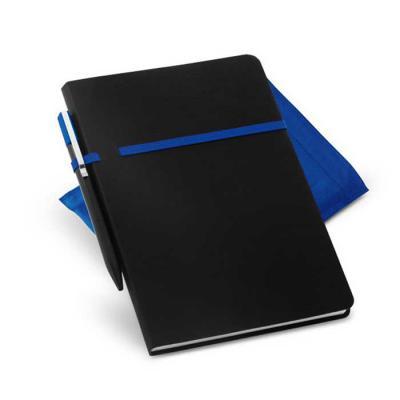 Gift Mais Promocional - Caderno em Couro Sintético. Com 96 folhas não pautadas. Fornecido em embalagem de non-woven. Incluso esferográfica.