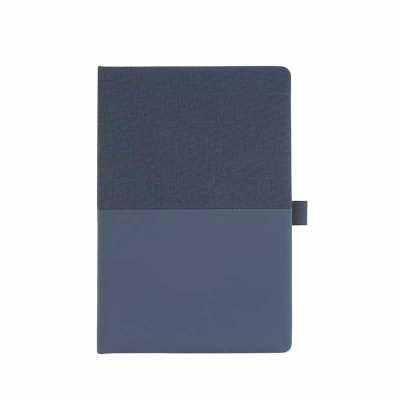 Caderno em tecido sintético