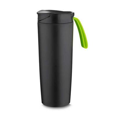 msn-brindes - Copo plástico anti queda 400ml de pintura preto fosco com alça emborrachada colorida. Tampa rosqueável com abertura de bocal, parte inferior do produt...