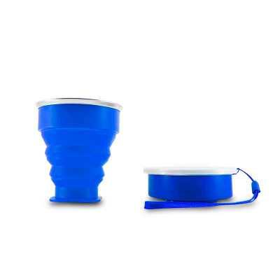 Copo 200ml de silicone retrátil com borda inox, contém tampa de encaixe em pvc com cordão de nylon. Altura :  8,7 cm Largura :  9,2 cm Circunferência... - MSN Brindes