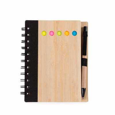 cross-brindes - Bloco de anotações ecológico com caneta e sticky notes. Capa de bambu com cinco detalhes circulares vazados referente aos sticky notes internos, possu...