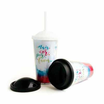 - O Copo Parede Dupla com 3 Tampas 450ml CRBRP1005 é um brinde 100% personalizável, sem limite de cores. Impressão digital colorida em altíssima qualida...