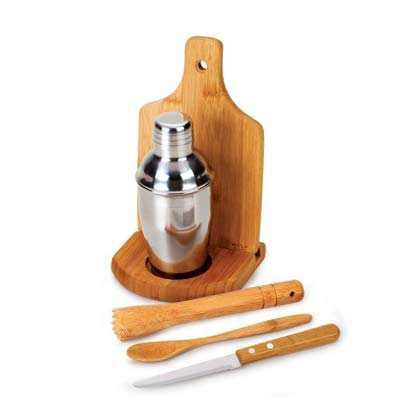 cross-brindes - Conjunto composto por seis acessórios para caipirinha, sendo uma coqueteleira em aço inox escovado de 350ml, um socador/pilão em bambu, uma faca para...