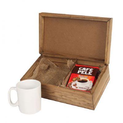Kit café em caixa de madeira com 1 caneca de porcelana de 120 ml com 5 saches de café solúvel - Design Promo