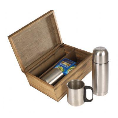 Kit chá com garrafa e caneca em caixa de madeira envelhecida - Design Promo