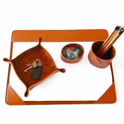 Ateliê Lapin - Kit de mesa em sintético especial de primeira linha, contendo : Risque e Rabisque A3 ou A4 (a escolher), porta canetas, porta clips e bandeja organiza...