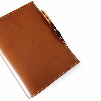 atelie-lapin - Bloco de mesa em sintético de primeira linha, tamanho 16,5x23cm, com bloco sem pauta (hotmelt) com serrilha. Fechamento com caneta de metal (opcional)...