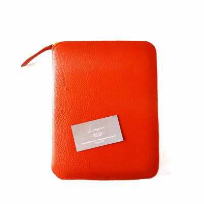 atelie-lapin - O Workcase ESP624 exclusividade do Ateliê Lapin foi criado pensando em quem precisa de organização em viagens e no dia a dia. Nele cabem tablet, cabos...