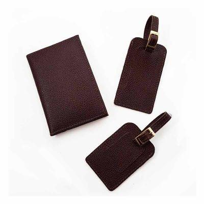 Ateliê Lapin - Kit em couro com Porta passaporte e duas tags