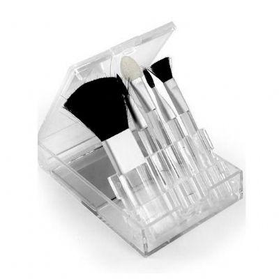 - Kit pincel 5 peças em estojo plástico com visor transparente. Parte interna acompanha um espelho, compartimento dos pincéis é inclinável. Possui: pinc...