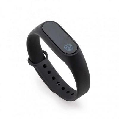 Pulseira inteligente M2. O smartwatch é um relógio fit com sensor que monitora suas atividades do...