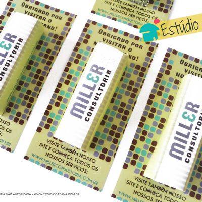 Cartão personalizado com pastilha de hortelã