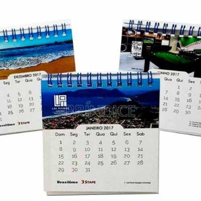 KMP Presentes promocionais - Calendário de mesa 9,8 x 9,8 cm