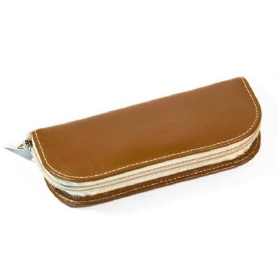 Leve Couro - Porta Joias confeccionado em couro ou sintético. Personalização em relevo