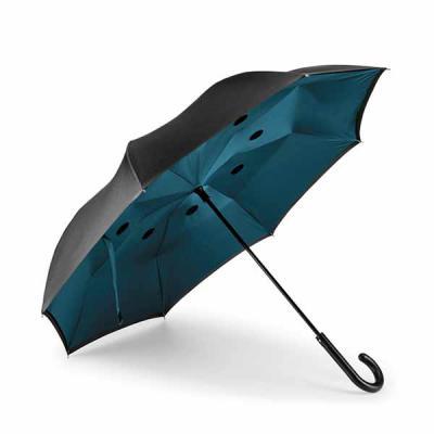 Guarda-chuva Invertido com capa dupla. Estrutura em metal, possui as varetas em fibra de vidro. A...