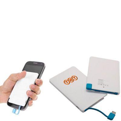 - Power bank slim personalizado com estojo. Compatível com sistema iOS e Android.