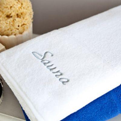- Toalha de Banho Personalizada