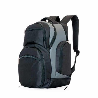 Mochila poliéster para notebook com detalhes em nylon e neoprene. Possui compartimento grande com bolso interno, compartimento médio com detalhe inter... - Thap  Brindes