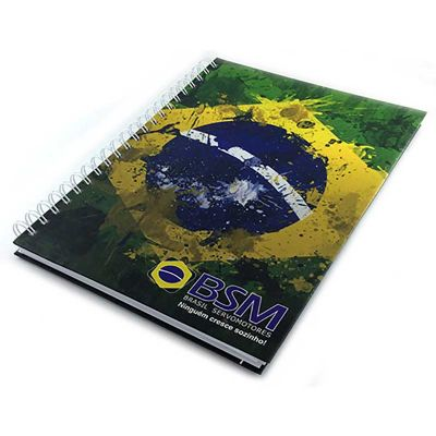 Caderno com capa em 4 cores
