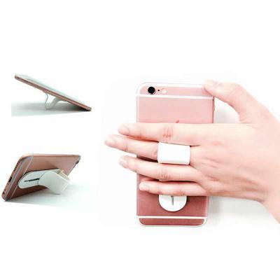 Apoio retrátil para celular em PVC e ABS, com regulagem de tamanho e adesivo de alta aderência no verso. São vários ajustes para formação da alça para...
