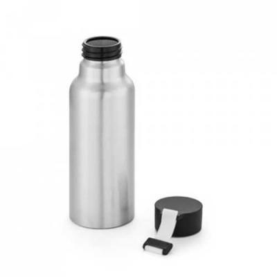Squeeze. Alumínio. Com fita em silicone. Capacidade: 570 ml. Food grade.