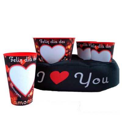 - Kit almofada de pipoca personalizado com 2 copos e 01 balde. Kit dia dos namorados com almofada (Dimensões: Almofada: 39cm x 9cm x 28cm - Copo: 9 cm x...
