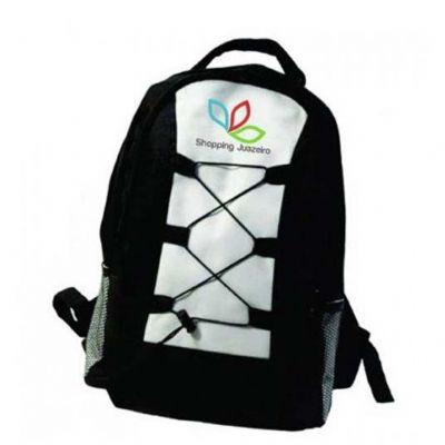 a-e-t-brindes-promocionais - Mochila em poliéster personalizada com bolso lateral