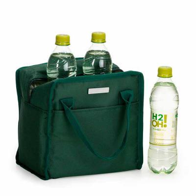 Spaceluz Brindes - Bolsa térmica 7 litros em nylon com dois bolsos externos nas laterais, alça para mãos e revestimento interno térmico. Acompanha plaquinha para persona...