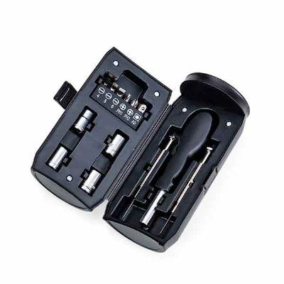 Spaceluz Brindes - Kit ferramenta 13 peças em estojo plástico formato latinha