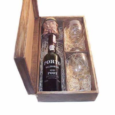 Eco Design - Kit em caixa de madeira envelhecida com garrafa de Vinho do Porto Valdouro Ruby de 375 ml com 2 taças de vidro para vinho com 1 pote de vidro com peti...