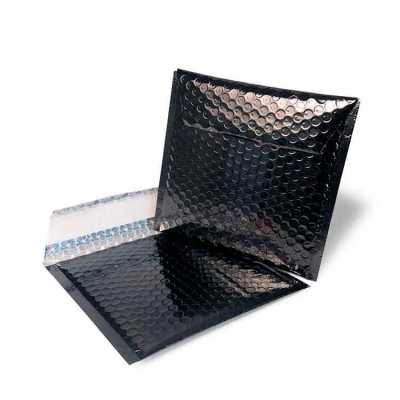 Fabrica do Tapasol - Envelope C5 - com folha de alumínio 12my e bolha 16.5*16.5, disponível somente na cor preta e o fecho com fita adesiva lisa