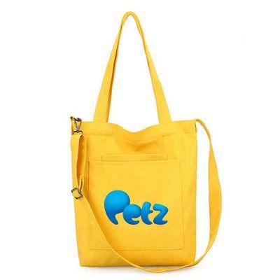- Somos fabricantes! Produzimos essa sacola nas cores escolhida pelo cliente. Fabricada em nylon 600, possui dois bolsos frontais e alças de ombro e tir...