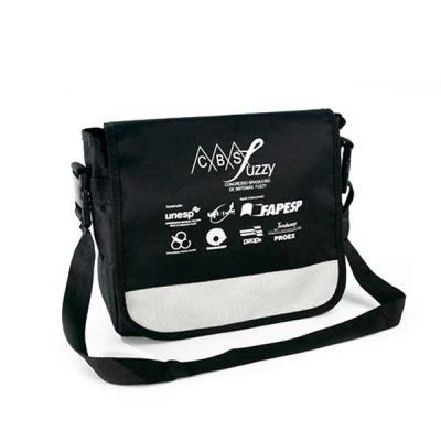 super-bag-artigos-promocioanais - Pasta feita em poliéster 600 com alça de ombro.
