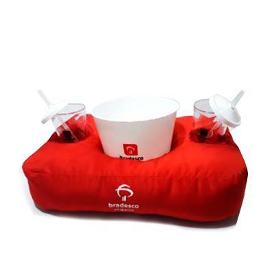 Temos vários Modelos exclusivos com sua logo. Produzimos de vários formatos e cores de sua preferência. Conheça nossa ampla variedade de almofadas  pe...