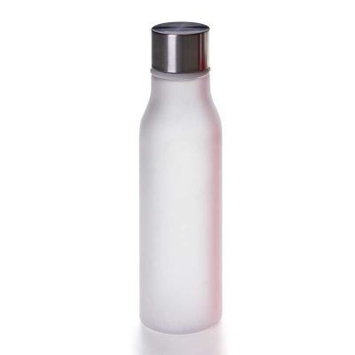 - Garrafa com corpo translucido em plástico Tritan, tampa de inox e bralça de mão emborrachada.  O tritan é um material à base de copoliéster, sendo o m...