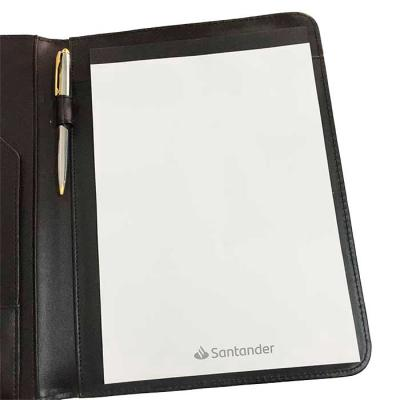 CRIE BRINDES - Possui: Calculadora solar plástica de 8 dígitos;  Suporte para cartão;  Suporte com visor para cartão de identificação;  Suporte para arquivar documen...