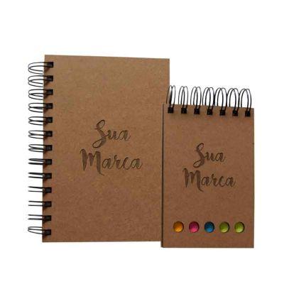 kit com agenda ou caderno e bloco em mdf côr natural