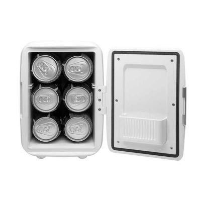 - Mini geladeira plástica portátil com função quente e frio! Refrigeração para incríveis 05 graus, e também aquecimento de 50/65 graus! Possui: Alça par...